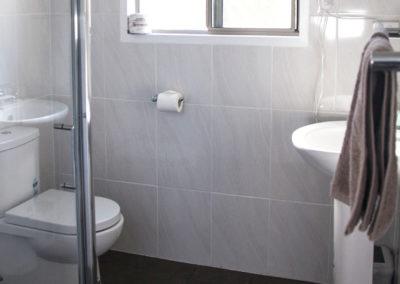 villa-bathroom1